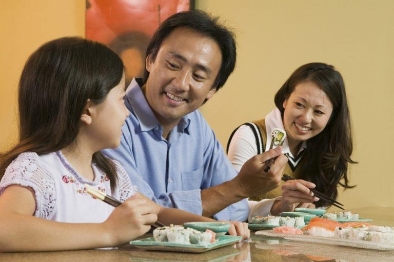 糖質オフを気にせず、家族で外食できます